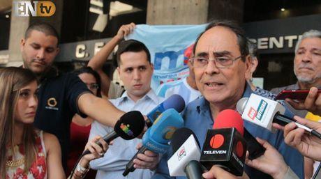 Hector Navarro desde el edificio del Centro Financiero Latino | Foto: Abraham Tovar