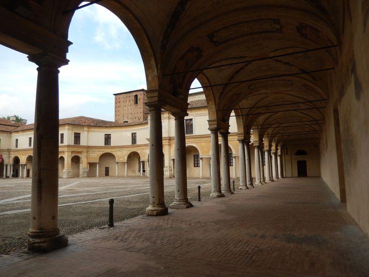 Piazza Castello ~ MANTOVA 20.04.2014