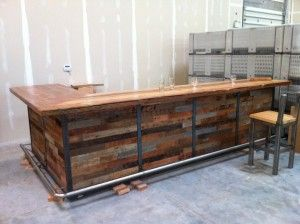 https://i.pinimg.com/736x/45/da/89/45da89ef743a183877eb2c3df181d2f9--wood-bars-kitchen-bars.jpg