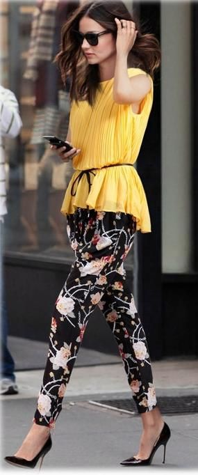 Miranda Kerr wearing Flint Hasta Luego Sunglasses and Manolo Blahnik BB Tortoise Pointed-Toe Pumps.