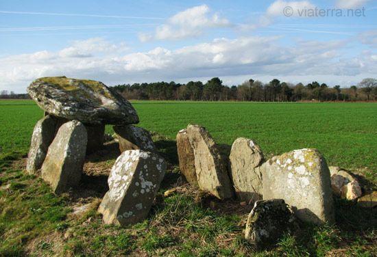 dolmen mein goarec plaudren, Morbihan, Brittany