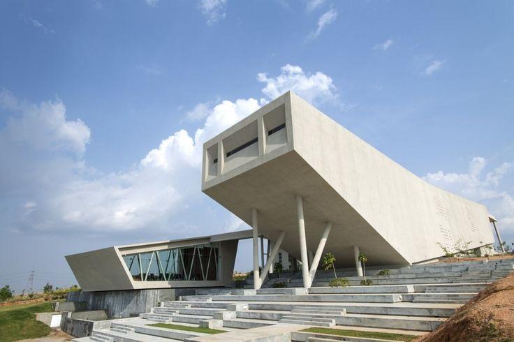 Myra – School of Business in Mysore, India / Architecture Paradigm