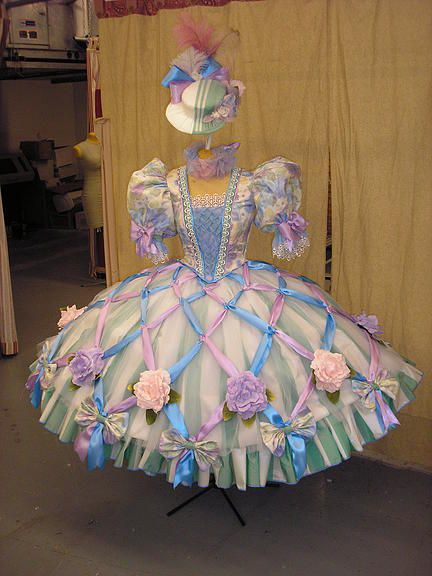 Halsey Onstage: Costume Design by Travis Halsey | GALLERY