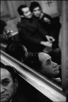 """Sergio Larrain - CHILE. 1963. Valparaiso. The """"Seven Mirrors"""" cafe."""