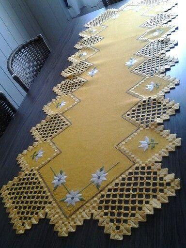 Hardanger amarelo 3
