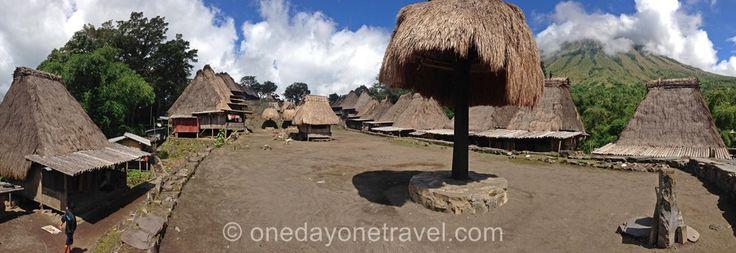 #Bajawa, au coeur de l'île de #Flores en #Indonésie, est une excellente base de départ pour explorer les villages traditionnels.