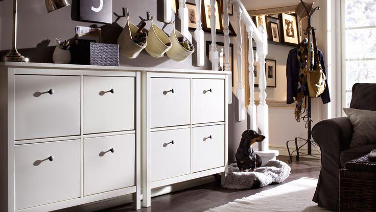 ikea sterreich aufbewahrung an der treppe mit hemnes schuhschr nken mit 4 f chern in wei. Black Bedroom Furniture Sets. Home Design Ideas