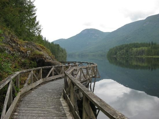 Boardwalk on the Inland Lake trail. Powell River