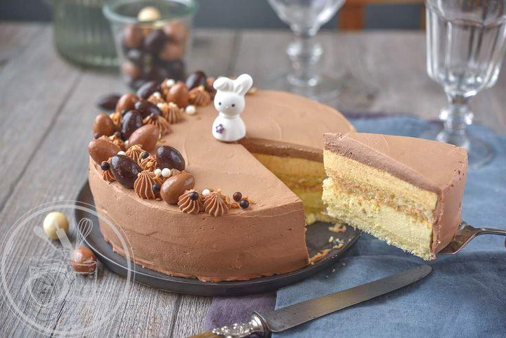 Il est temps de penser à son dessert de Pâques, donc voici un dessert trompe œil. On pourrait penser que c'est un gâteau tout chocolat pour l'occasion mais à l'intérieur une mousse passion vous attend. Ici c'est plus une mousse exotique car je n'avais...