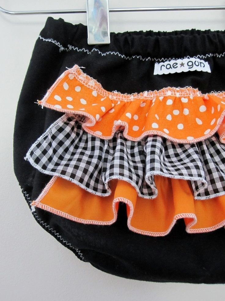 jack o lantern ruffle diaper covers costume halloween girl 1350 - Diaper Costume Halloween