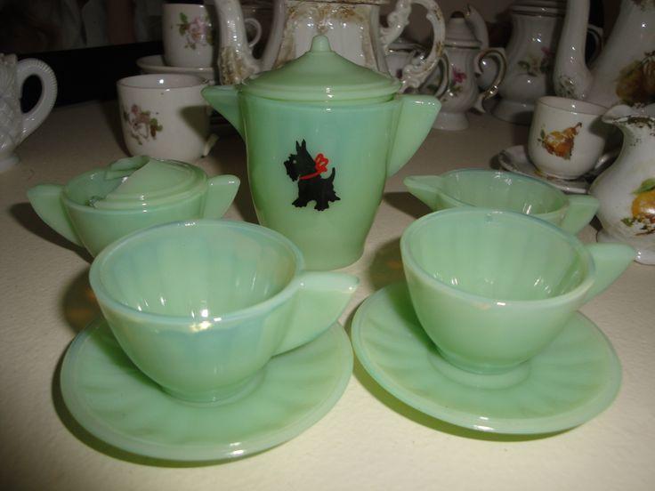 childrens tea sets | Akro Agate Scotty tea set | Children's Antique Tea Sets