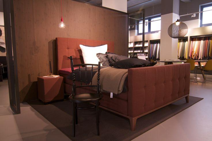 40 besten auping plazas bilder auf pinterest wiesbaden betten und beratung. Black Bedroom Furniture Sets. Home Design Ideas