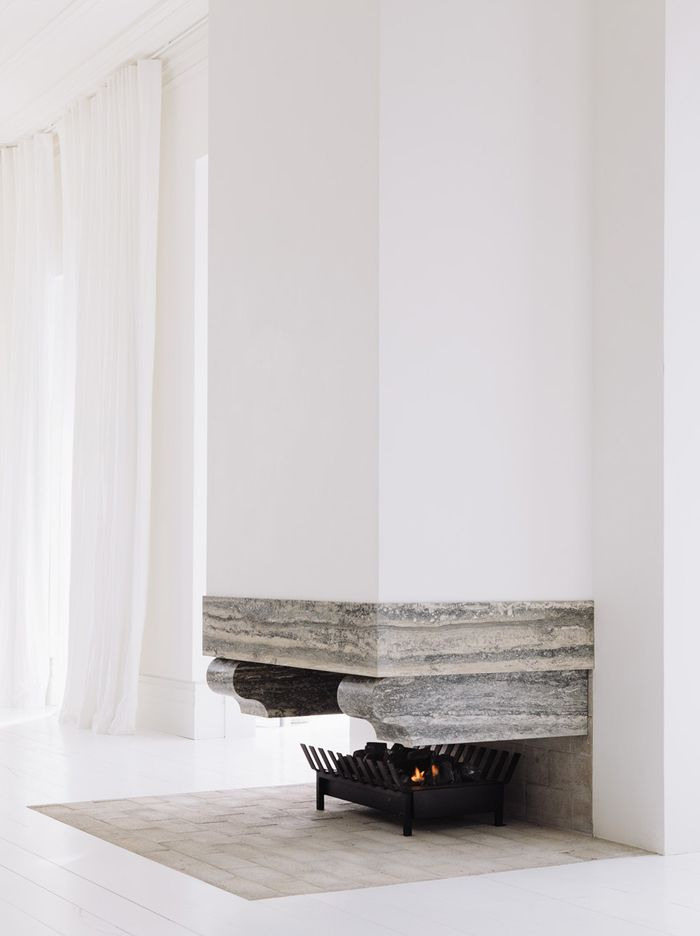 COZY TIME: Thirteen Lust Worthy Fireplaces