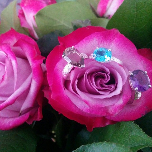 Dreaming of spring with these colourful rings!