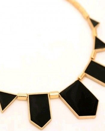 Colier Amos auriu cu negru
