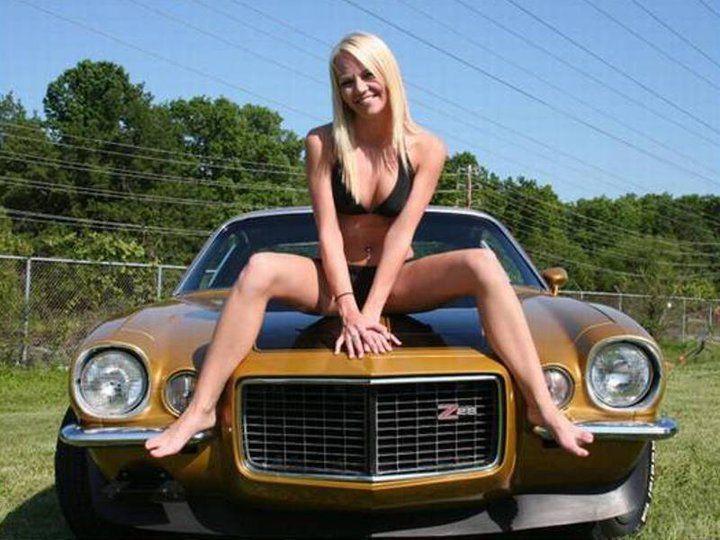 naked girl on chevy camaro