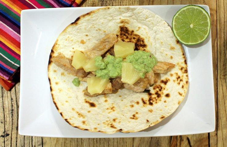Tacos con ananas e maiale ricetta
