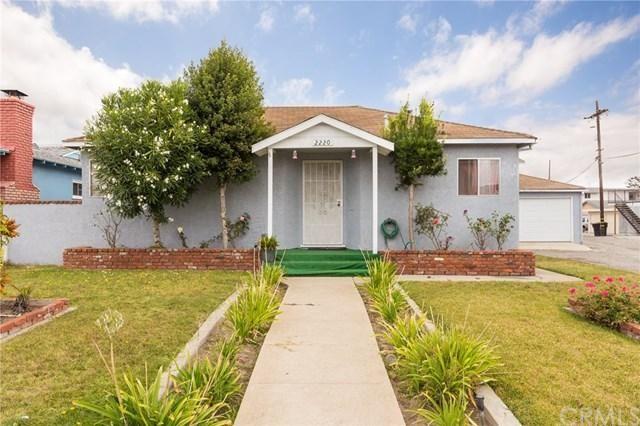 For Sale - See photos and descriptions of 2220 Arlington Ave, Torrance, CA. This Torrance, California Multi Family House is —-bed, —-bath, listed at $1,450,000  MLS# SB16742873. Casas de venta en Torrance, CA.
