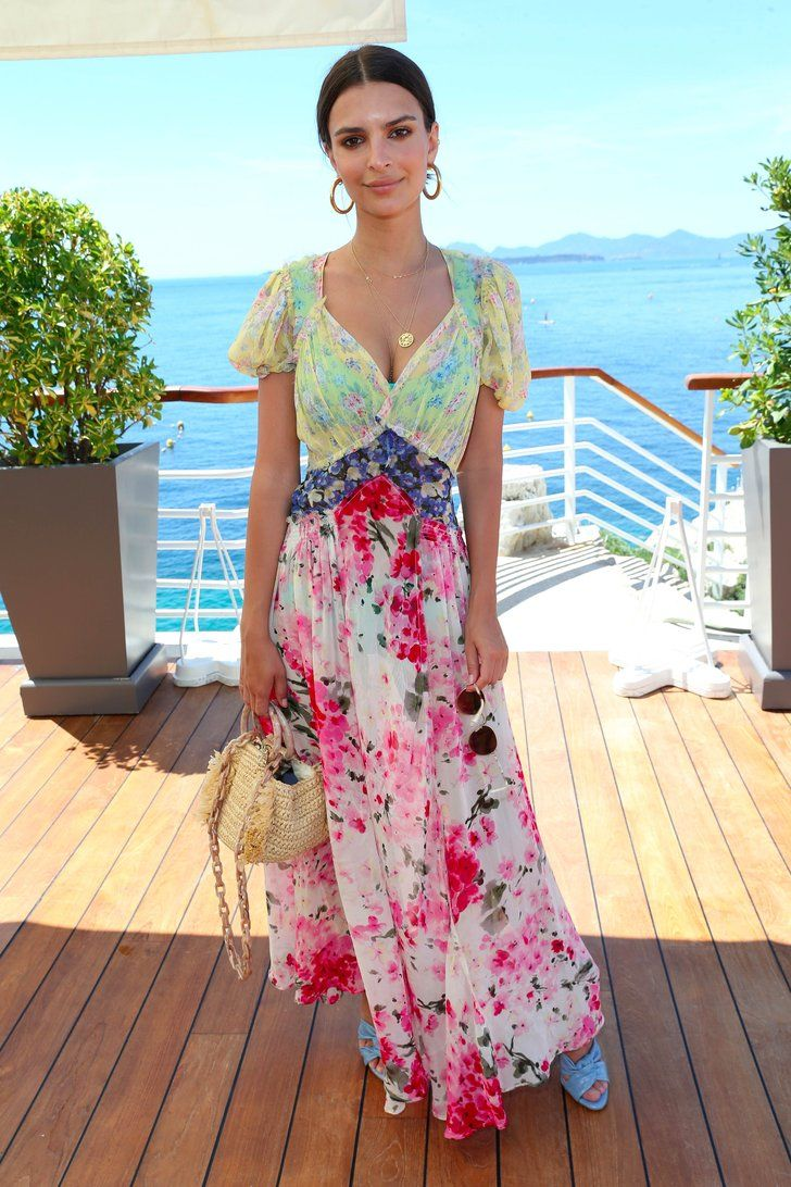 Emily Ratajkowski's Summer Dresses Aren't Just Cute, They're Easy to Wear Too