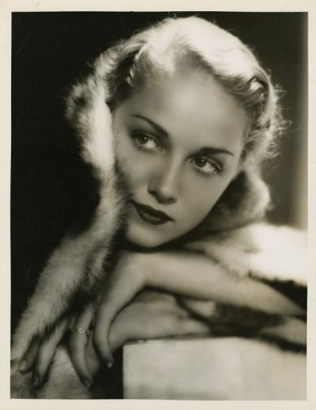 Leila Hyams was an American film actress. Her relatively short film career began in silent films, and ended in the mid 1930s. (Freaks, Island of Lost Souls) 1905-77
