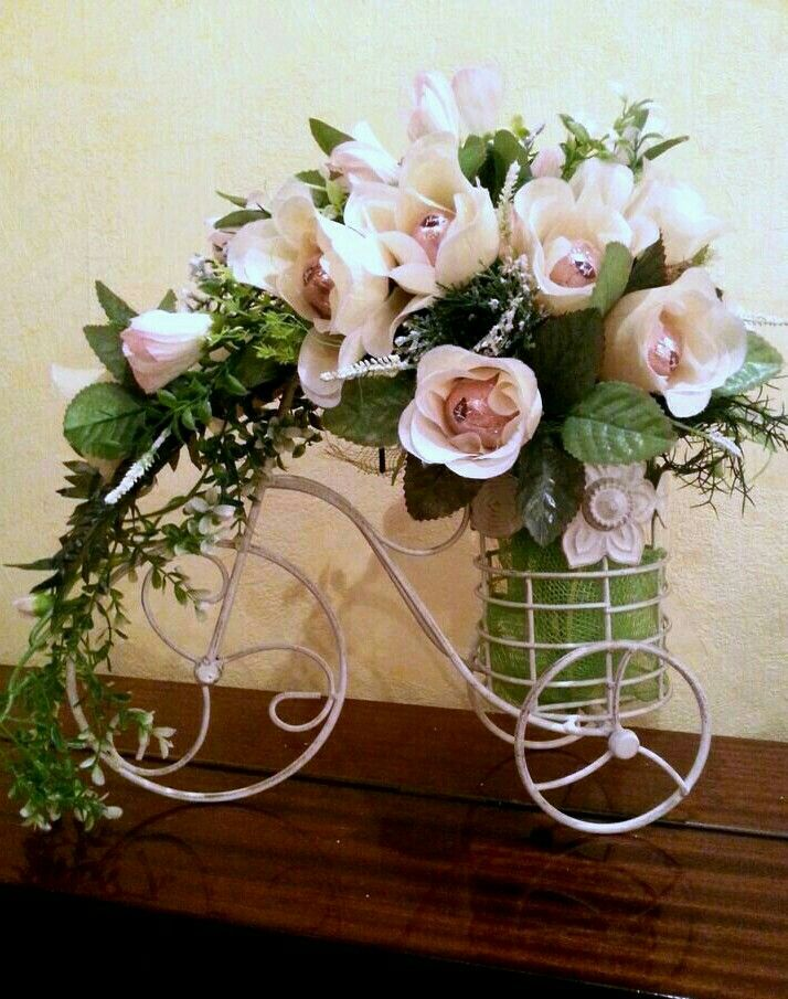 Pin By Lici Chang On Arreglos Florales Pinterest Floral Vintage