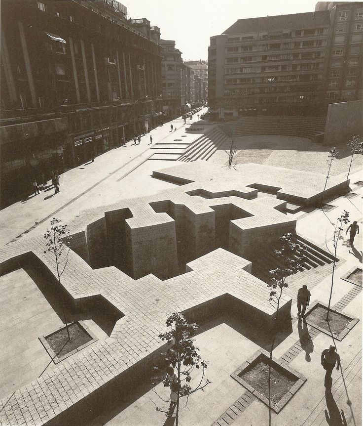 "Eduardo Chillida: ""The Basque Liberties Plaza"", 1980."