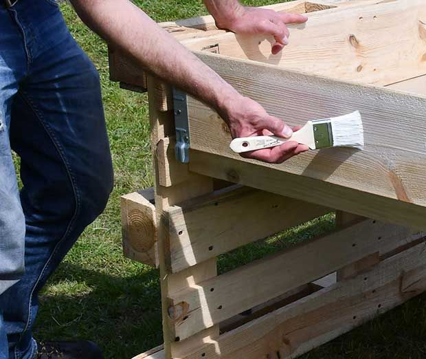 Palettenhochbeet Selber Bauen Holz Olen In 2020 Paletten Garten Paletten Ideen Garten Selber Bauen Garten