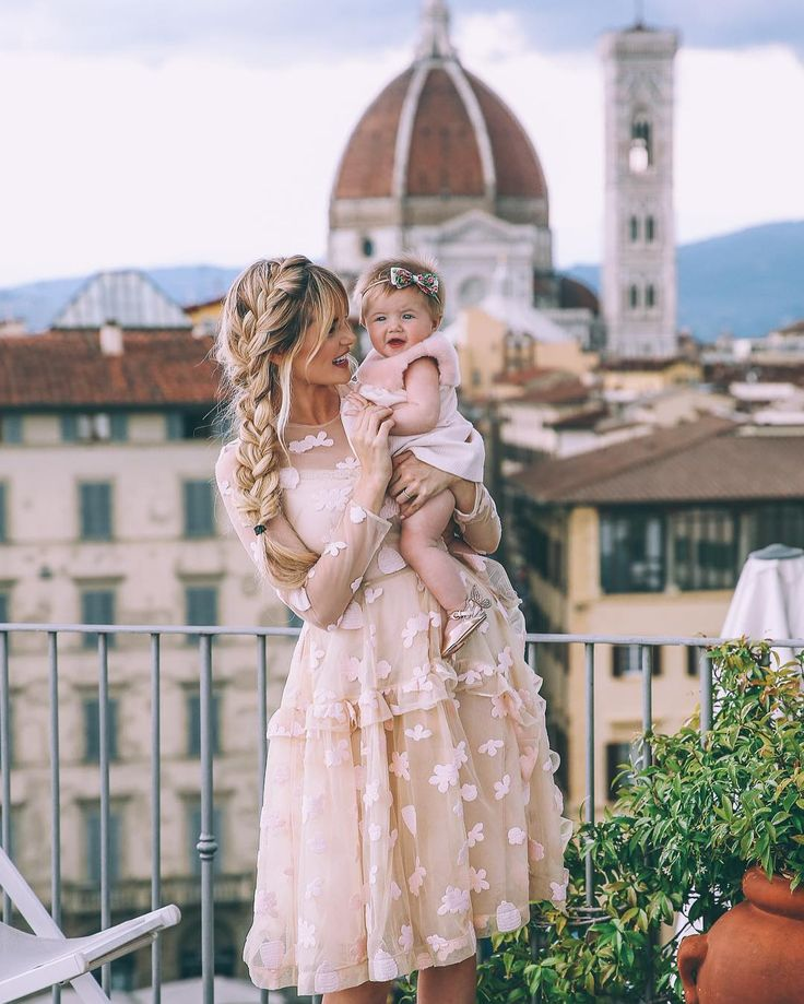 Views over Florence and matching dresses with my little miss on my blog today! I love everything Simone Rocha creates. And baby Chloe dress??? AMAZING. @LUISAVIAROMA #Firenze4Ever