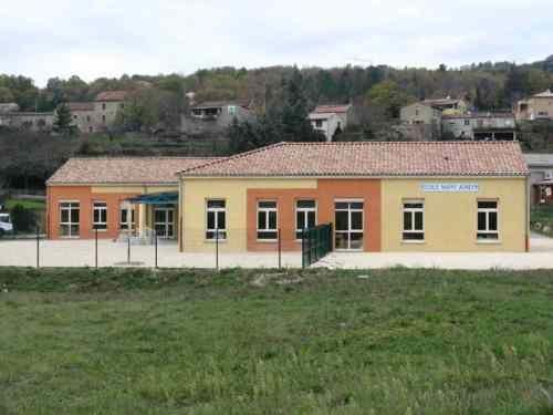 Ecole maternelle, école primaire, école privée, école saint joseph de Vesseaux 07200