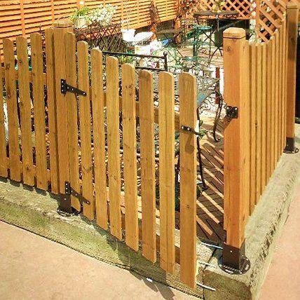 フェンス 扉 diy | ラティスやフェンスが門扉 ...
