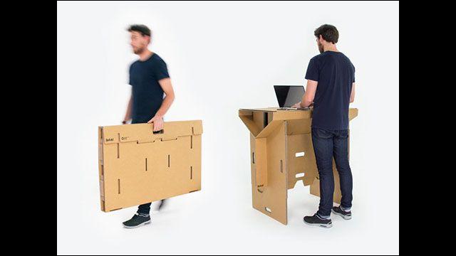 頑丈で簡単に持ち運び出来るダンボール製のスタンディング・デスクが出資募集中 - DNA
