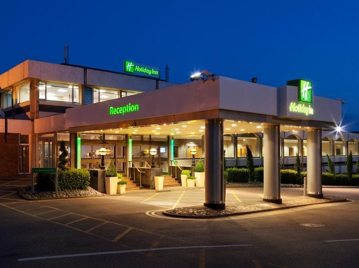 Maidenhead Holiday Inn Maidenhead Windsor United Kingdom, Europe The 4-star Holiday Inn Maidenhead Windsor offers comfort and convenience whether you're on business or holiday in Maidenhead. The hotel offers a wide range of amenities and perks to ensure you have a great time. Free Wi-Fi in all rooms, 24-hour front desk, facilities for disabled guests, express check-in/check-out, room service are on the list of things guests can enjoy. Designed for comfort, selected guestrooms ...