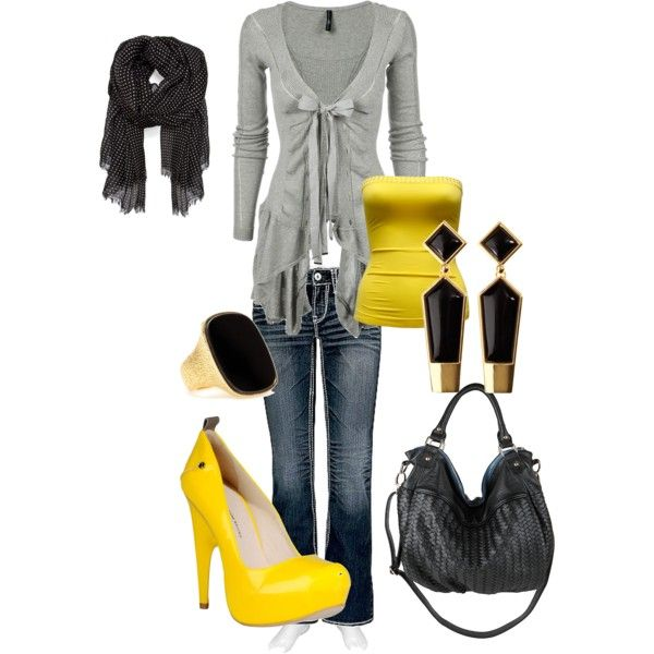 bumble bee: Grey Top, Color Combos, Grey Yellow, Gift Cards, Gray Shirt, Yellow Accent, Bumble Bees, Gray Yellow, Yellow Black