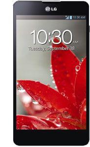 Los celulares LG de Claro les permiten tener acceso a las redes sociales y consultar su correo facilmente.