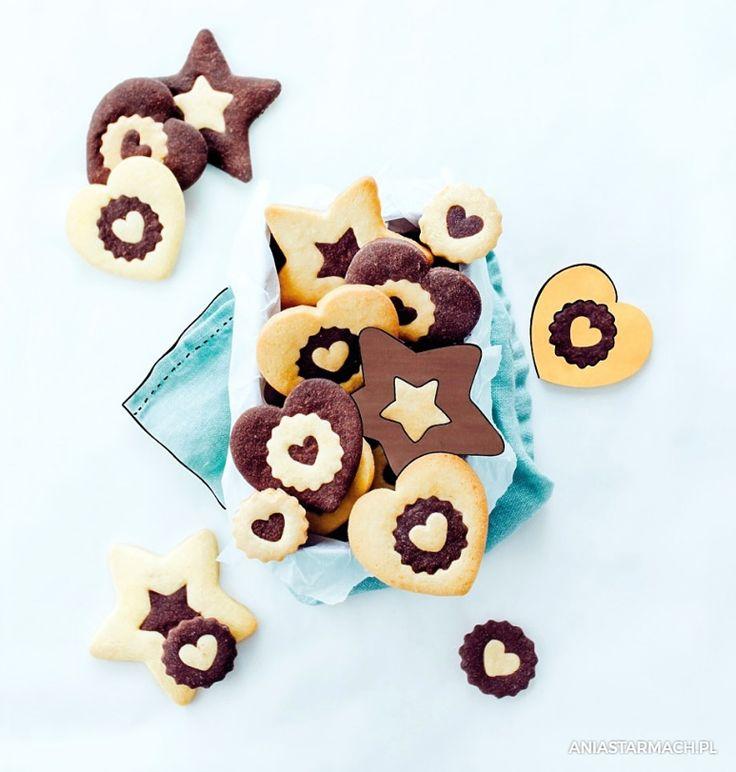 Kruche, maślane ciasteczka, które doskonale smakują o każdej porze dnia. – Ania Starmach