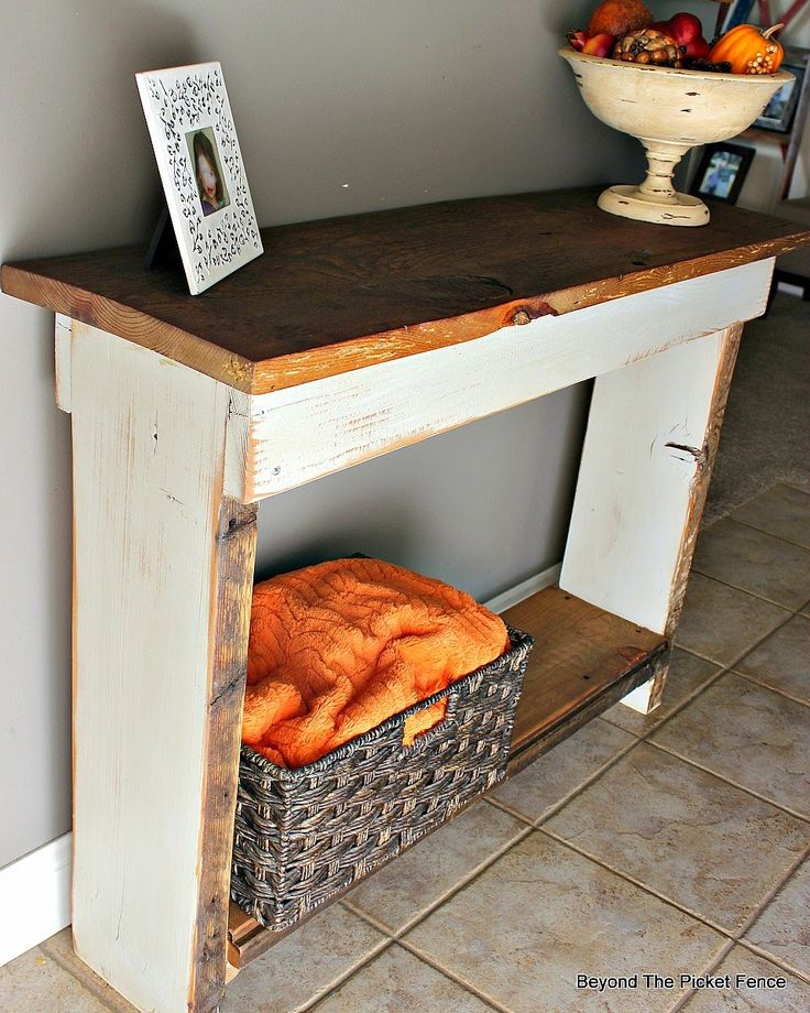 reclaimed barn wood sofa table http://bec4-beyondthepicketfence.blogspot.com/2014/10/barn-wood-sofa-table.html
