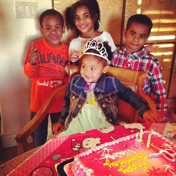 Singer Dream and four kids navy christian and london by ...