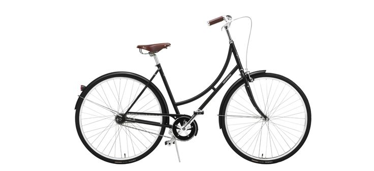 The Erenpreiss Greta is a 2-speed with an SRAM Automatix hub that shifts itself to the proper gear for your cruising speed. Talk about easy breezy.