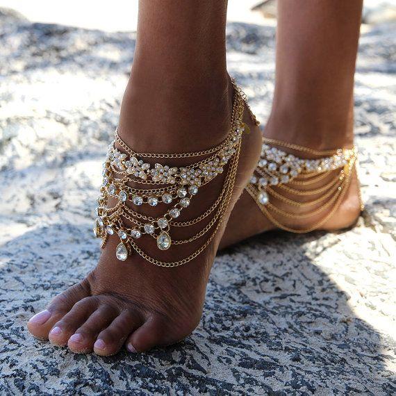 Goldene barfuss Sandalen mit Goldketten für Boho Bräute und Strand Bräute, Stil: Stevie barfuss Sandalen in GOLD (Vorbestellung)