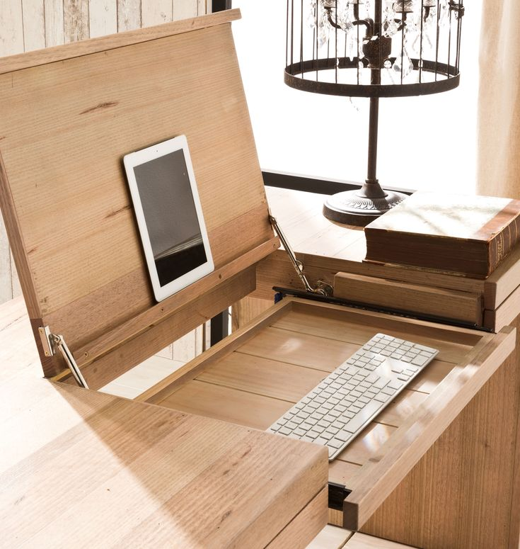 Best 25 cool office desk ideas on pinterest system for Cool desks for small spaces