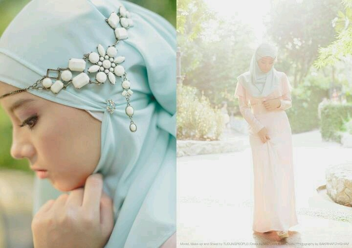 Beautiful hijab style from Tudung People....