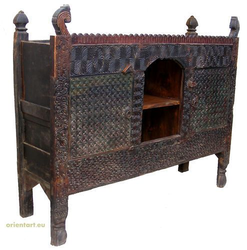antik orientalische schrank chest truhe nuristan swat pakistan afghanistan l furniture pinterest. Black Bedroom Furniture Sets. Home Design Ideas