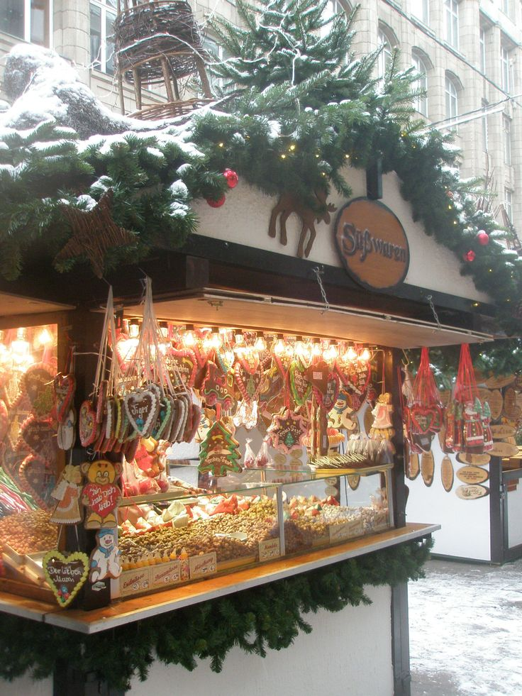 Bremen Christmas Market, Bremen, Germany - Crafting Practice