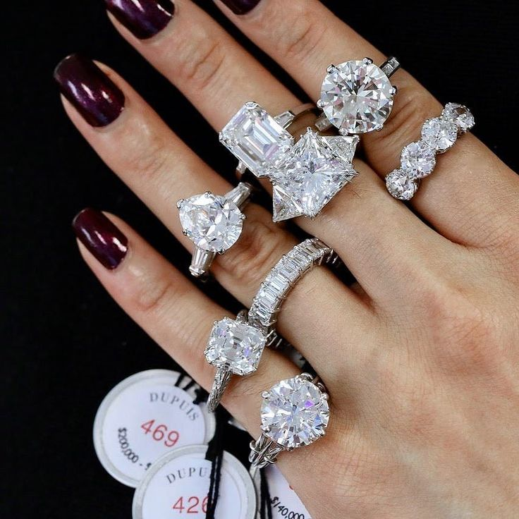 Some major show stoppers in the upcoming @dupuisauctions November 19th sale #sponsored GemGossip.com for more top picks & details! #showmeyourrings