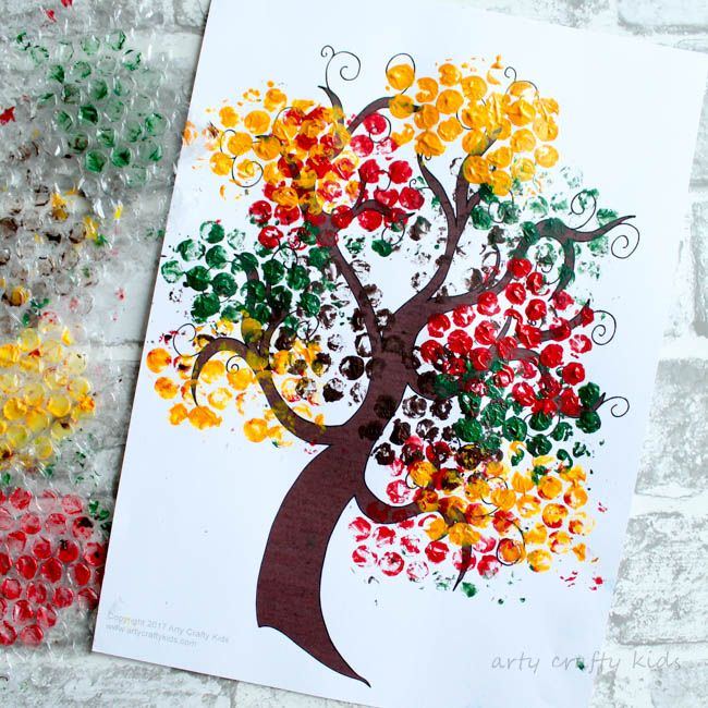 Featured 5 Spring Projects: Bubble Wrap Autumn Tree Craft