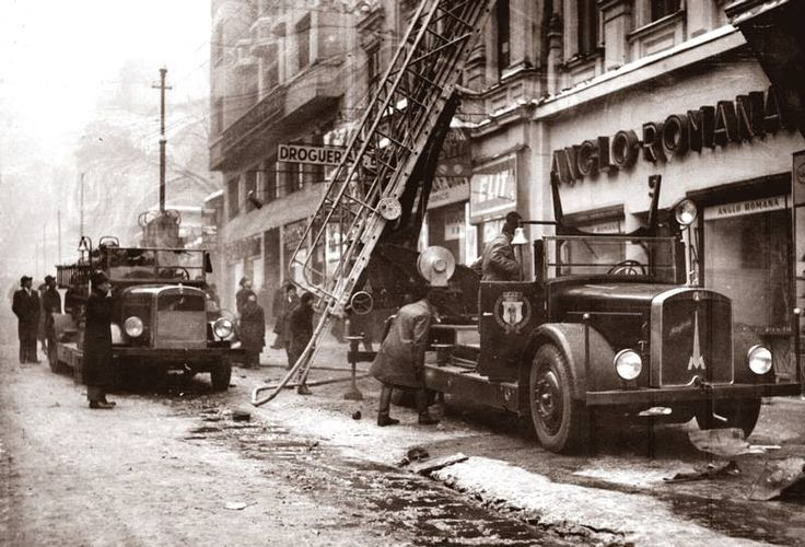 Incendiu pe strada Eforie, anii 30 foto:Iosif Berman
