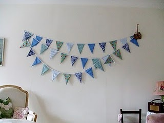 Fabric bunting: Craft, Fabric Bunting, Sewing Projects, Happy, Buntings, Bunting Tutorial, Homemade, Sewing Tutorials