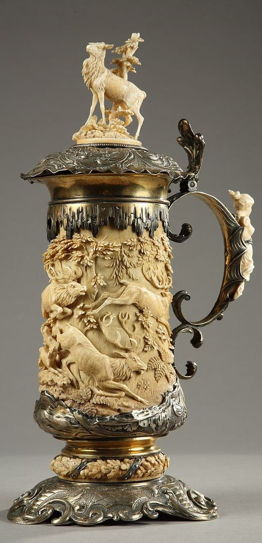 Ivory and silver jug with hunting scene, German work 18th centur