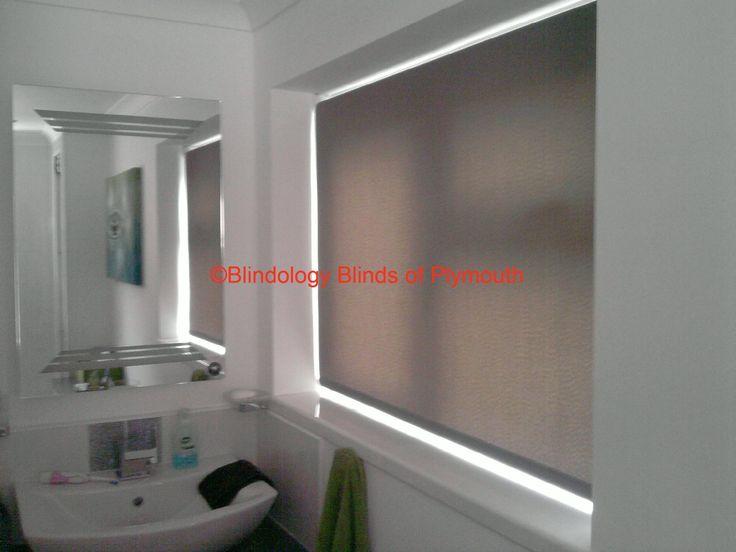 Latest Posts Under: Bathroom blinds