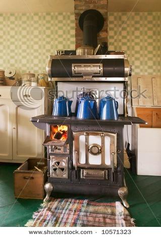Old Wood Burning Cook Stove ! I Remember My Grandmau0027s.